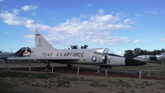 F-102A Delta Dagger S/N 56-1413, Buzz Number FC-413, Castle Air Museum in California