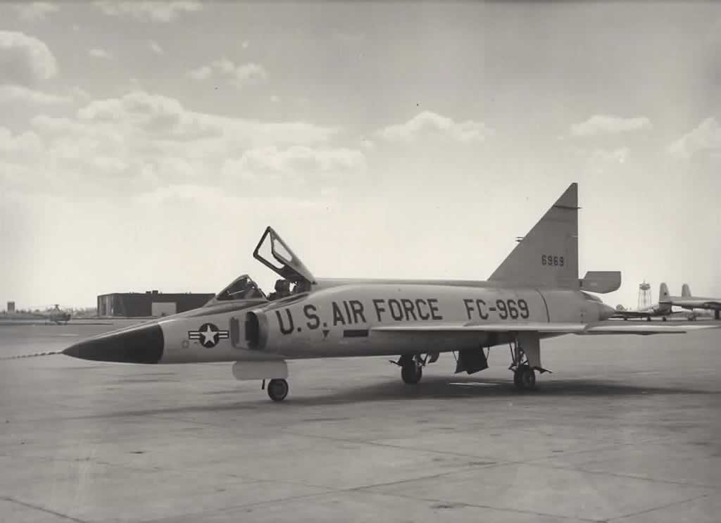 U.S. Air Force F-102 Delta Dagger, S/N 56-0969, Buzz Number FC-969